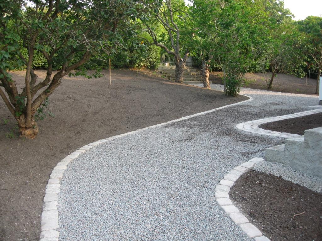 Renoverad sekelskiftesträdgård