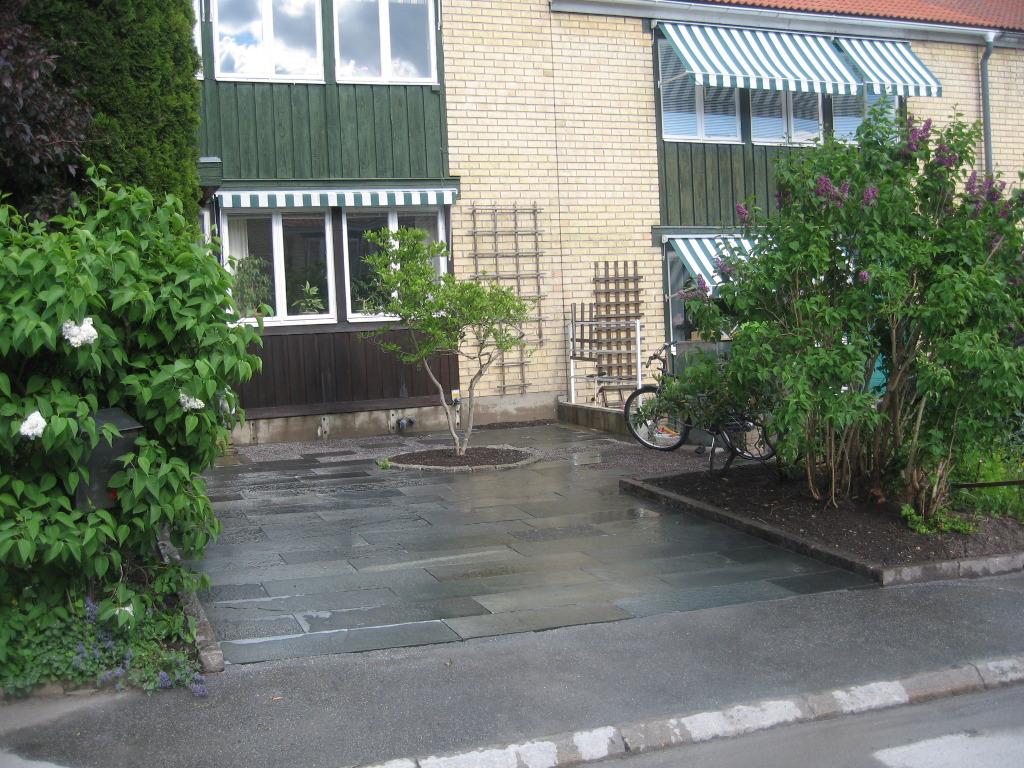 Radhus med parkering & fikaplats